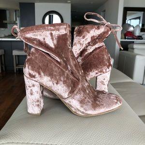 Report Whitney Crushed Velvet Drawstring Boot